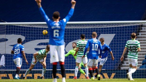 Kemar Roofe scores v Celtic