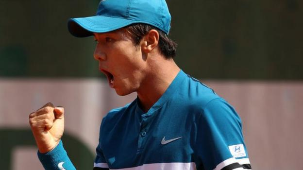 Lee Duck-hee becomes first deaf player to win ATP Tour main draw match thumbnail