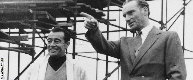O'Sullevan with jockey Ray Johnstone at Epsom in 1955