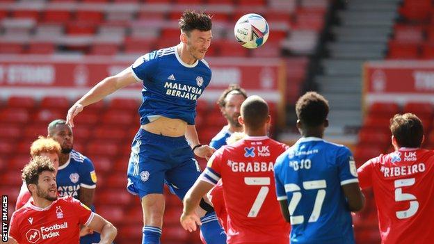 Kieffer Moore heads Cardiff in front