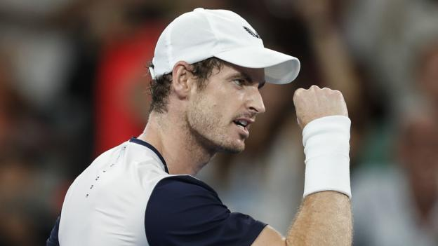 Murray shares first hit on court following surgery