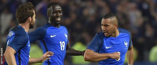 France players celebrating