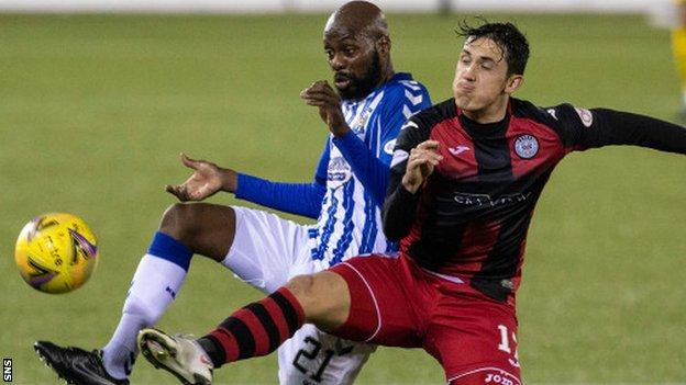 Kilmarnock midfielder Youssouf Mulumbu (left)