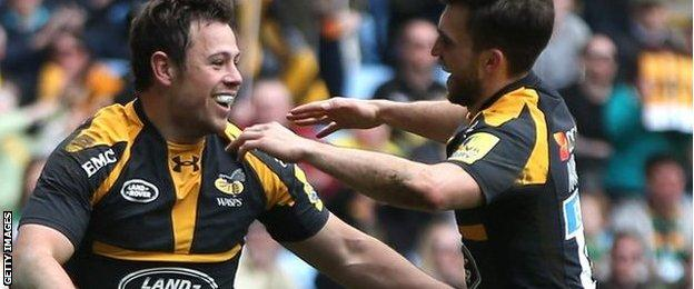 Rob Miller celebrates his first-half try for Wasps