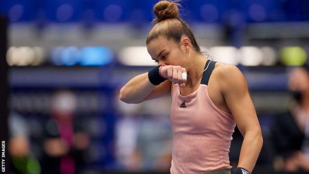 Maria Sakkari a l'air triste alors qu'elle perd l'Open d'Ostrava