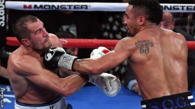 Andre Ward (right) beat Sergey Kovalev
