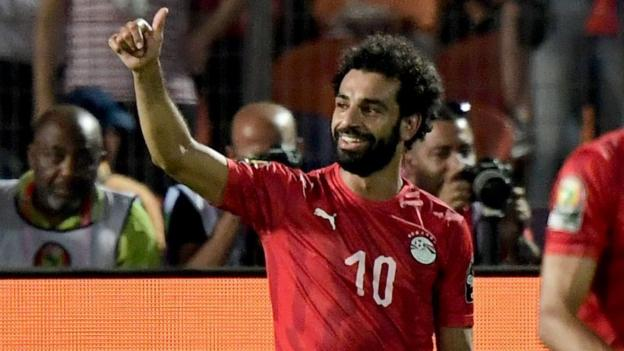 Egypt 2-0 DR Congo: Mohamed Salah helps Africa Cup of Nations hosts into last 16 thumbnail