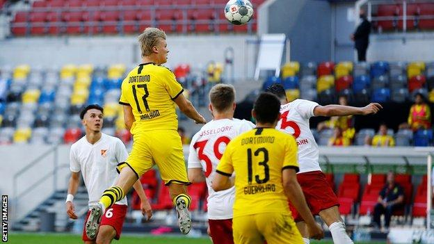 Erling Braut Haaland Comes Off Bench To Head Late Borussia Dortmund Winner Bbc Sport