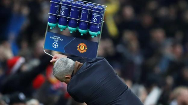 Jose Mourinho water bottle incident: No action over celebration thumbnail