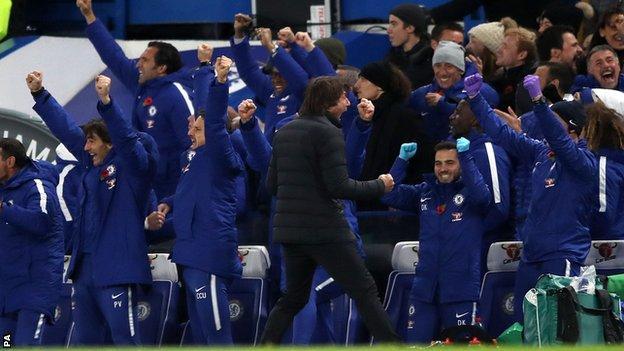 Antonio Conte celebrates Chelsea's goal against Manchester United