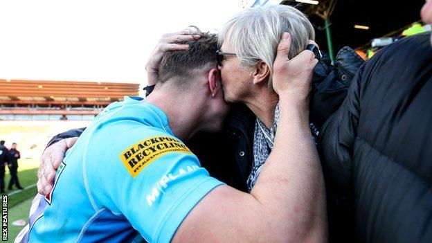Ted Hill's try at Leicester also earned him a hug and a kiss from his mum