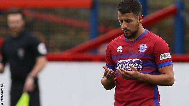 Aldershot Town striker Mo Bettamer