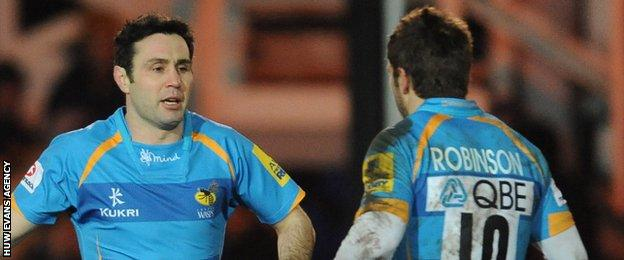 Stephen Jones replaces Nicky Robinson for Wasps in 2013