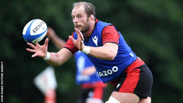 Alun Wyn Jones to join British and Irish Lions in South Africa after stunning recovery thumbnail