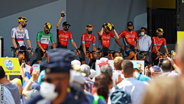 Bahrain-Victorious team prior to stage 14