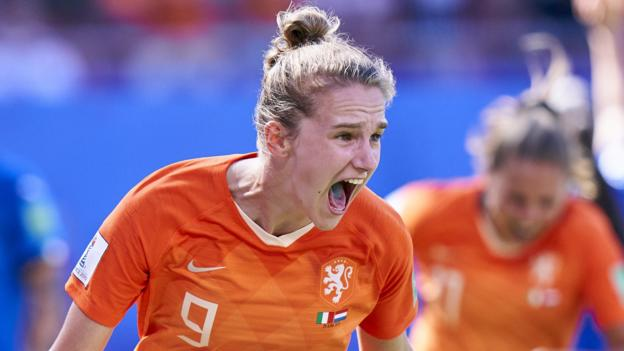 Women's Footballer of the Year contender Vivianne Miedema thumbnail