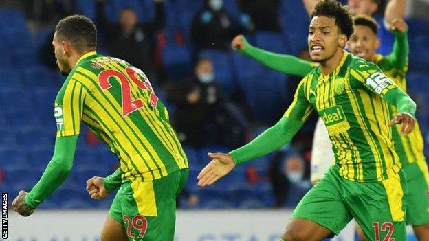 Grant scores first West Brom goal to earn point at Brighton thumbnail