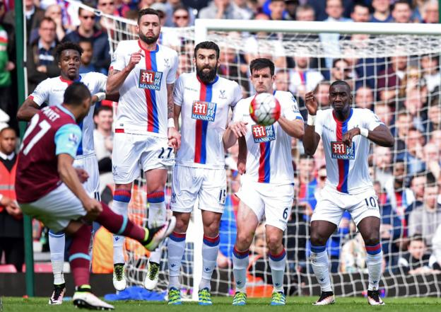 Dimitri Payet scores for West Ham against Crystal Palace