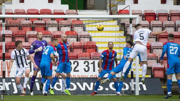 Euan Murray netted his fourth of the season to pull Dunfermline level