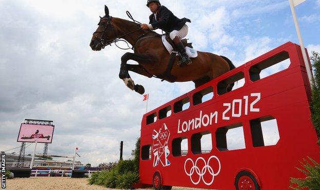 Nick Skelton riding Big Star at the London 2012 Olympics