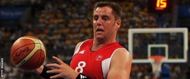 Wheelchair basketball player Simon Munn