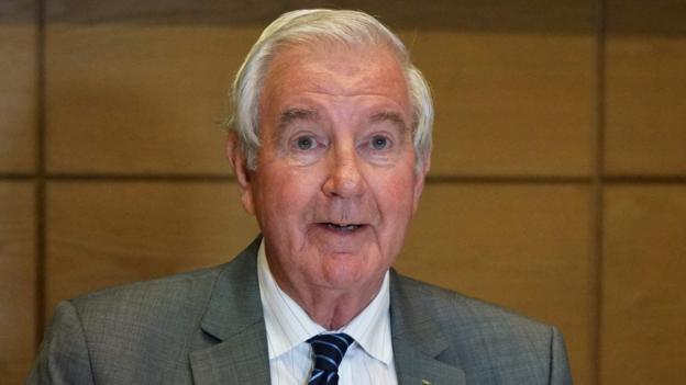Russia doping: Wada head Sir Craig Reedie responds to Russian reinstatement critics thumbnail
