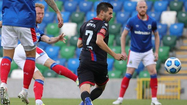 Europa Conference League: Linfield put four past Borac at Windsor - BBC  Sport
