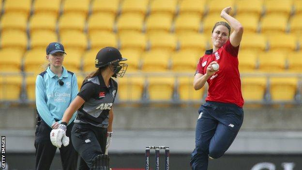 England all-rounder Nat Sciver bowls against New Zealand in the first T20