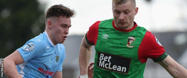 The win over Ballymena puts Glentoran in pole position for a European play-off place
