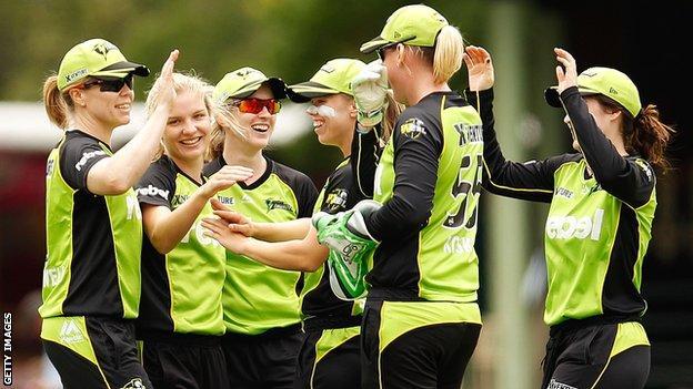 Sydney Thunder celebrate a wicket