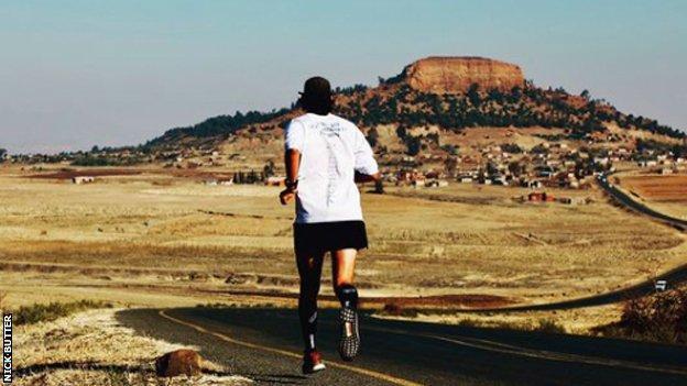 Nick Butter runs through Namibia
