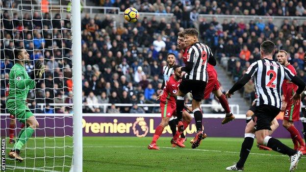 Newcastle's Dwight Gayle
