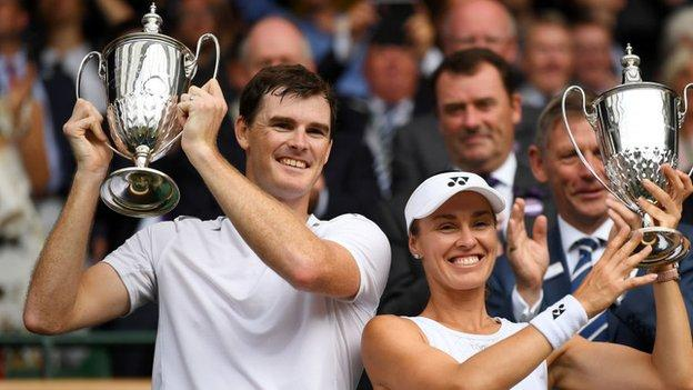 Jamie Murray and Martina Hingis celebrate winning the WImbledon mixed doubles title in 2017