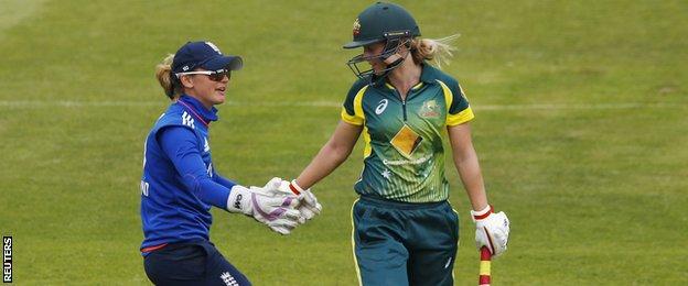 Sarah Taylor and Meg Lanning