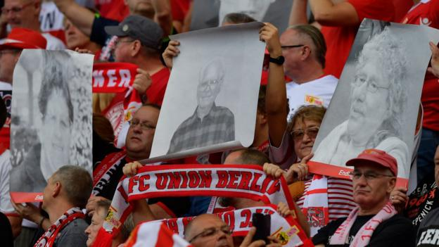 Union Berlin 0-4 RB Leipzig: Hosts pay tribute to lost fans on Bundesliga debut