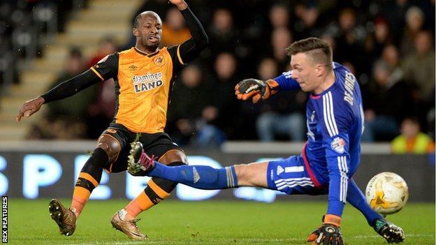 Sone Aluko scores for Hull against Nottingham Forest