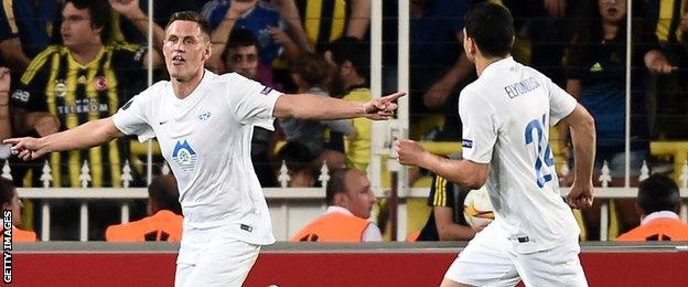Molde stunned Fenerbahce with a 3-1 win in Istanbul