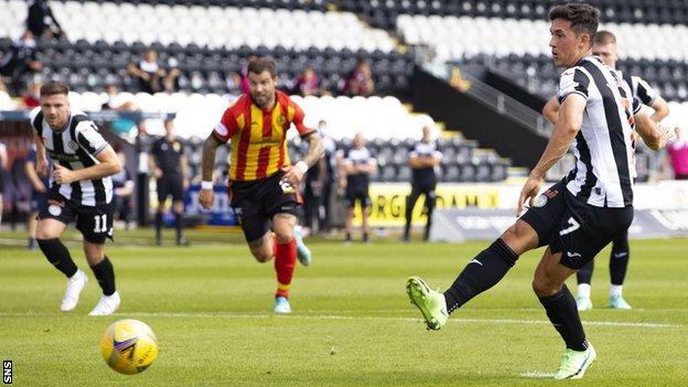 Jamie McGrath scores a penalty