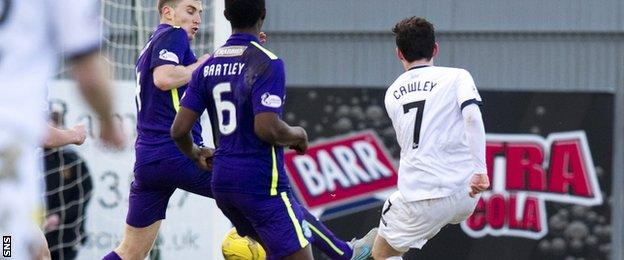 Kevin Cawley scores for Dumbarton against Hibernian
