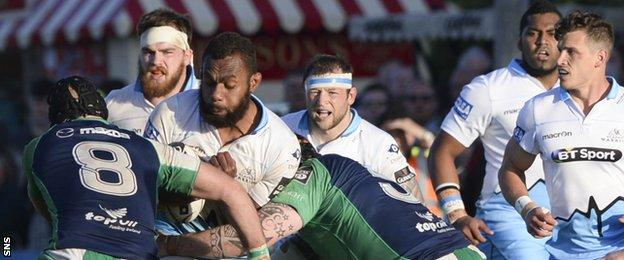 Connacht and Glasgow Warriors players