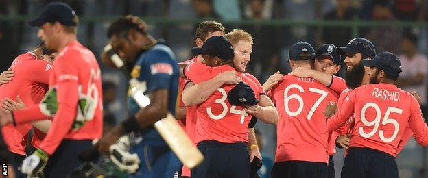 England celebrate beating Sri Lanka