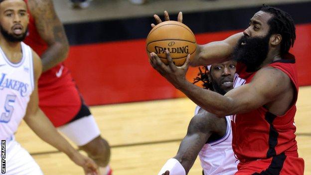 James Harden, Ekim 2012'de Houston Rockets'e katıldı