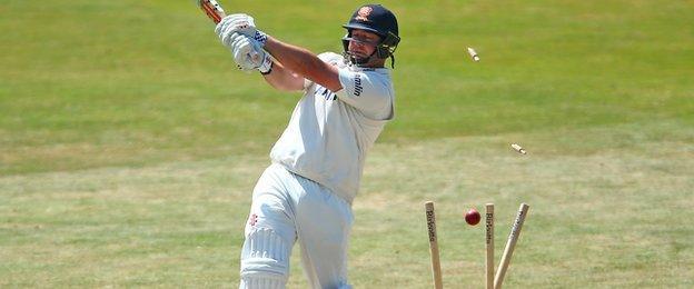 New Zealander Jesse Ryder smashed Josh Hazlewood for 26 off one over before losing his middle stump