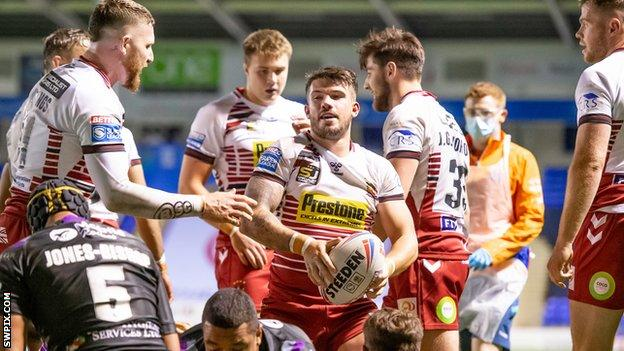 Super League Wigan Warriors 28 16 Wakefield Trinity Bbc Sport