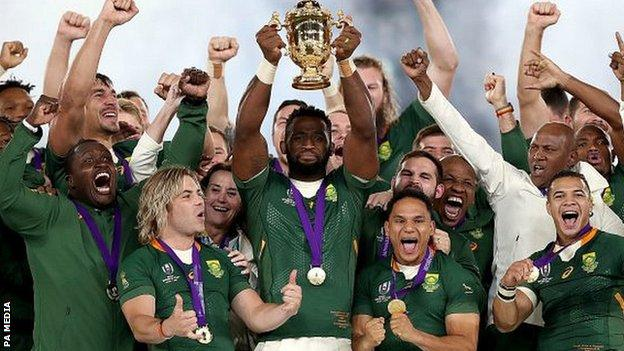 Kolisi lifts the World Cup