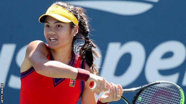 Emma Raducanu returns in her US Open match