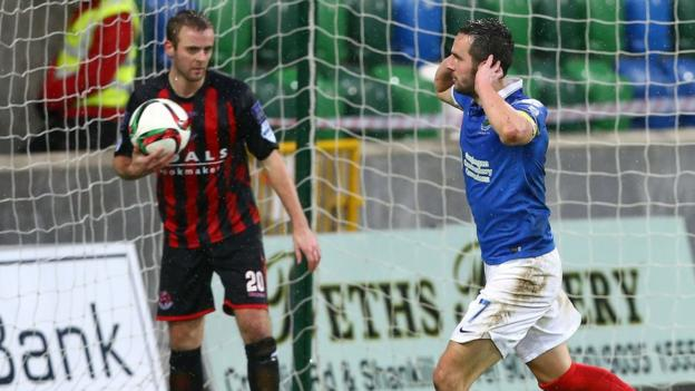 Linfield gained revenge courtesy of a 2-0 victory on New Year's Day and the Blues would become the main challengers to the champions