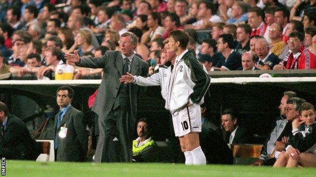 Teddy Sheringham and Sir Alex Ferguson