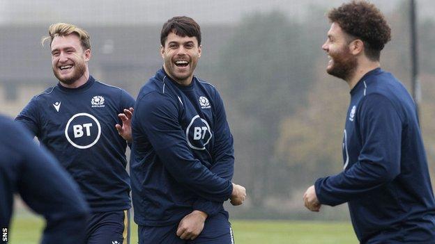 Stuart Hogg, Sean Maitland et Duncan Taylor à l'entraînement en Écosse.