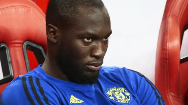 Romelu Lukaku: Manchester United striker to be fined for missing training thumbnail